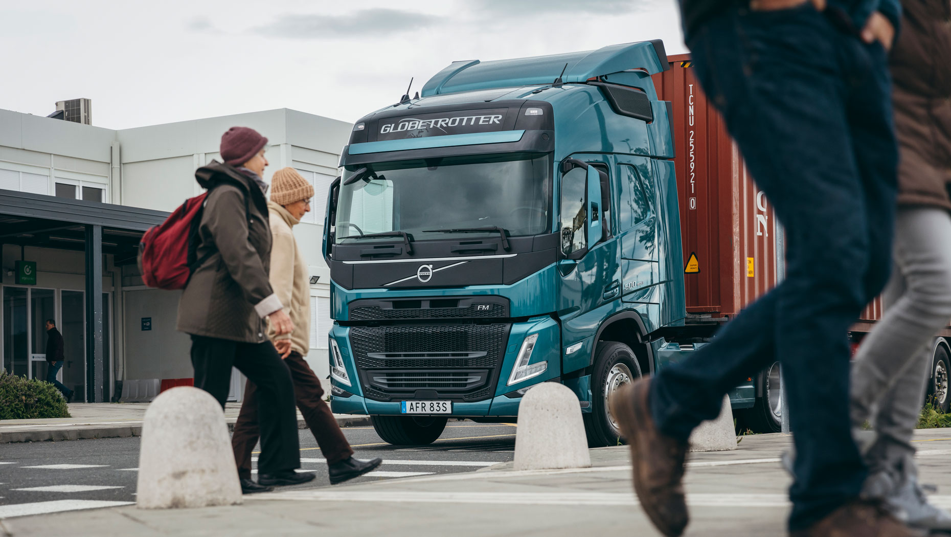 Volvo Trucks' new range - One step closer to its vision of zero accidents